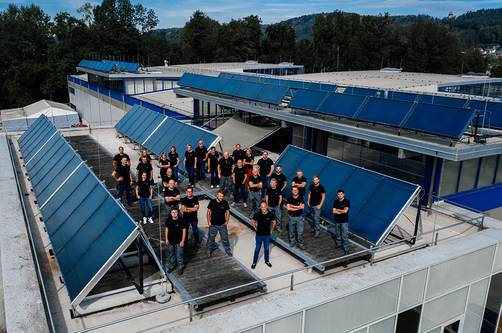 Gasokol Team auf Solardach